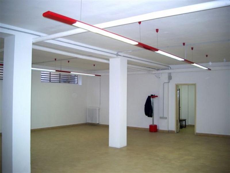 Locale Commerciale vendita Senago (Milano)